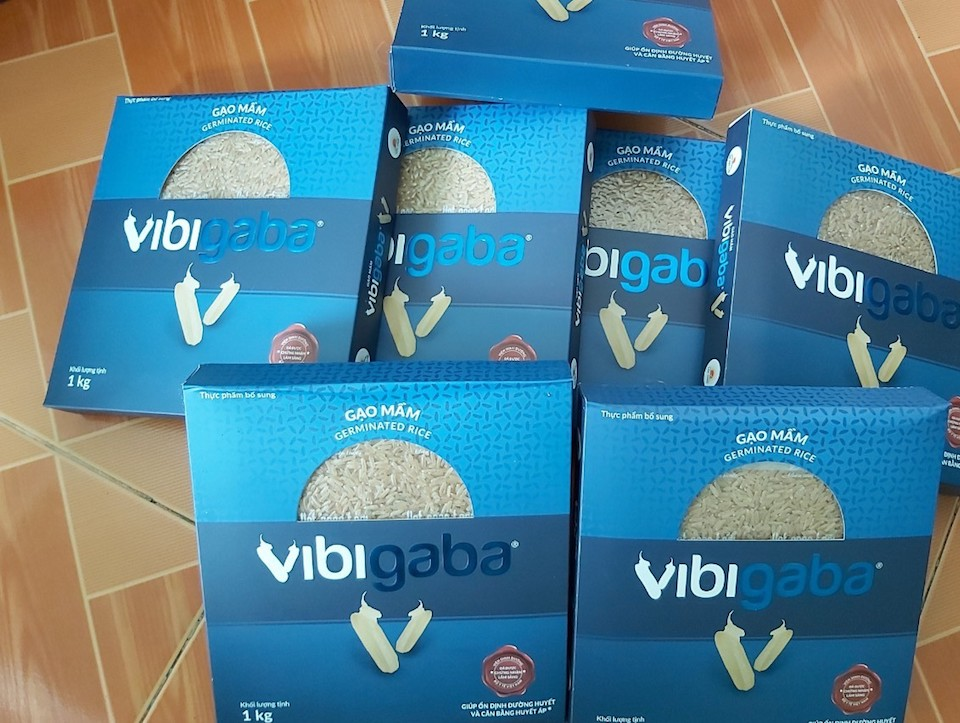 """Người tiêu dùng """"tố"""" ăn gạo mầm Vibigaba của Lộc Trời có vị đắng và gây ngứa?"""
