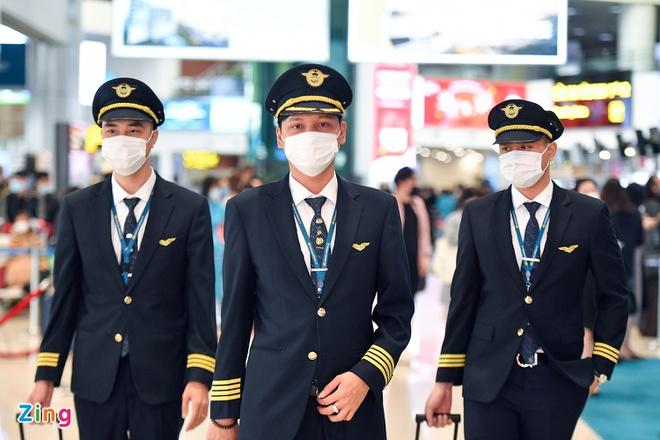 Chỉ xếp lịch bay cho phi công, tiếp viên đã tiêm đủ 2 mũi vaccine