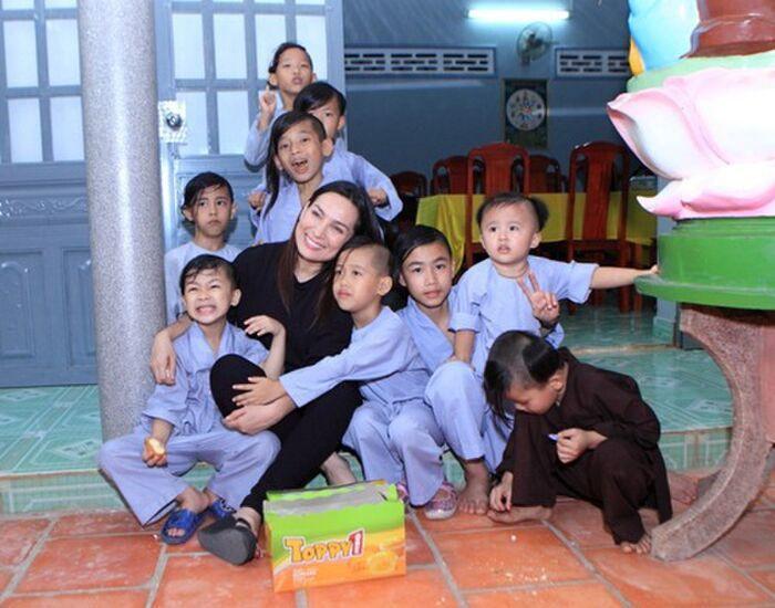 Cục Trẻ em chính thức lên tiếng về 23 con nuôi của cố ca sĩ Phi Nhung